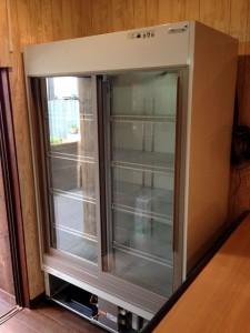 リーチイン冷蔵庫